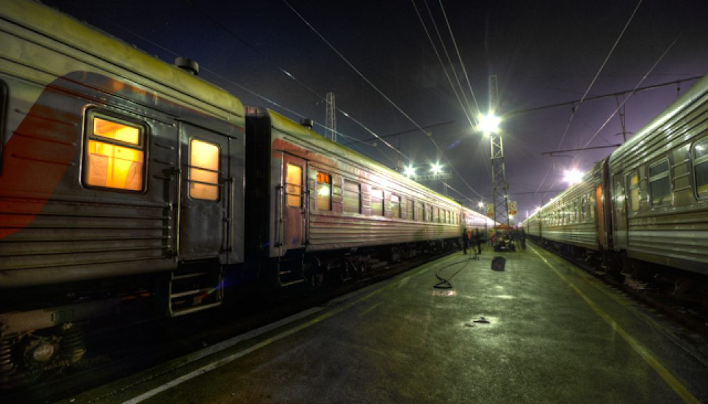 night-shot-trains
